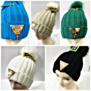 Lot de 12 bonnets fashion NY